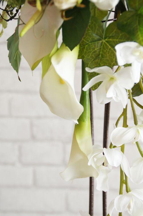 ボリュームがあるブーケ 生花にそっくり 造花ブーケ