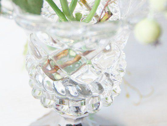 お洒落な花器  バラの造花  シンプル  アレンジメント