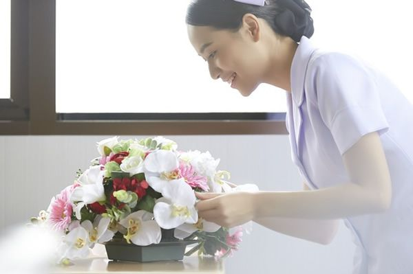 造花 アートフラワー 綺麗な花 受付 枯れない 手入れ簡単